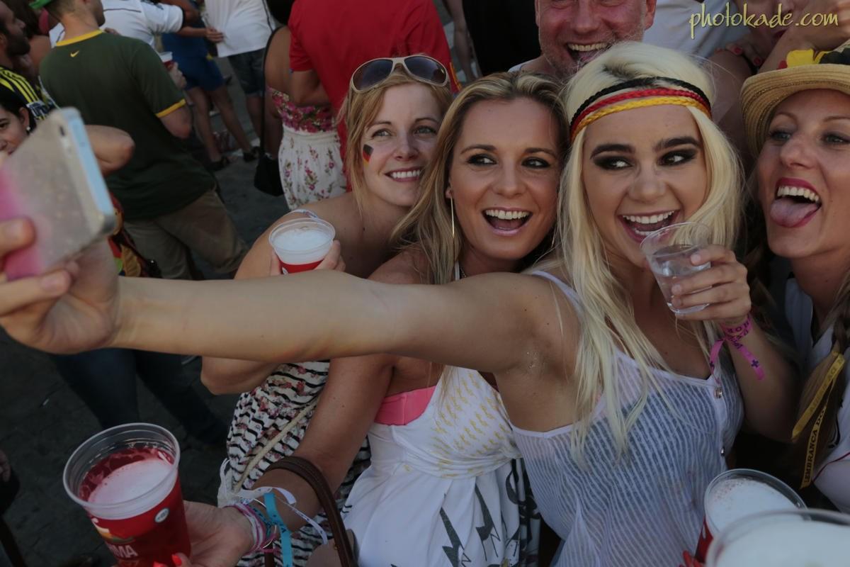 عکس جام جهانی 2014,عکس تماشاگران نیمه نهایی جام جهانی 2014,عکس جام جهانی 2014,عکس زنان هرزه جام جهانی 2014