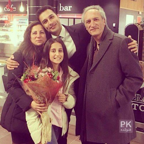 عکس خانوادگی فرزان اطهری + عکس پدر و مادر و خواهر فرزان اطهری