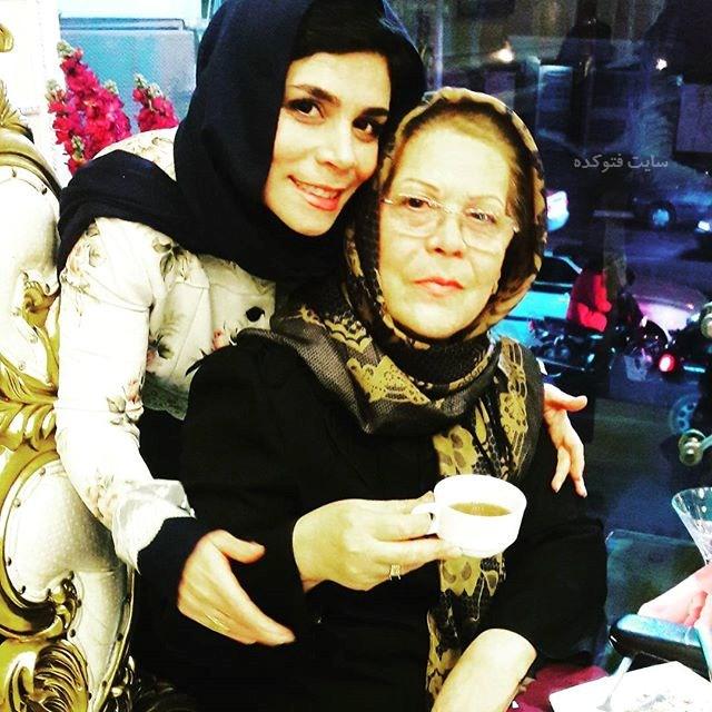 عکس فاطمه امینی و مادرش + بیوگرافی کامل
