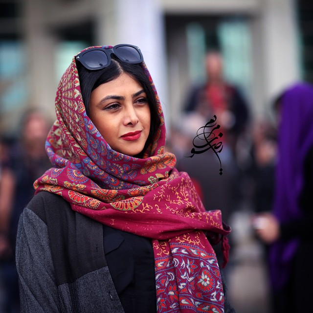 عکس آزاده صمدی در جشنواره فیلم فجر