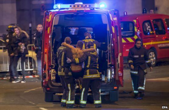 عکس های حمله داعش به فرانسه,داعش در پاریس,اخبار روز فرانسه,عکس های حادثه فرانسه,بمب گذاری در فرانسه توسط داعش,پاریس داعش,daesh,تصاویر حمله تروریسی پاریس