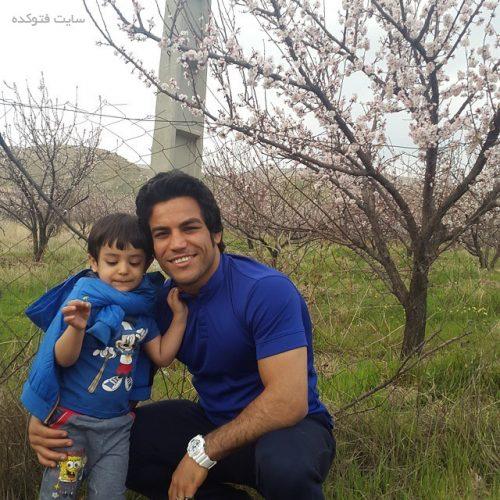عکس حبیب الله اخلاقی و پسرش امیرعلی