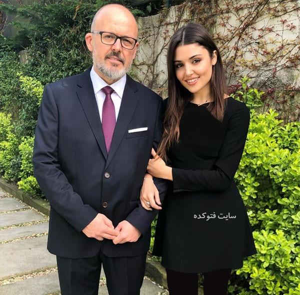 عکس جدید هانده ارچل Hande Erçel و پدرش