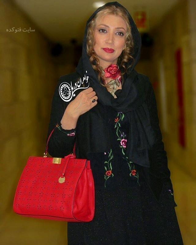 عکس و بیوگرافی نگار عابدی بازیگر سریال هست و نیست