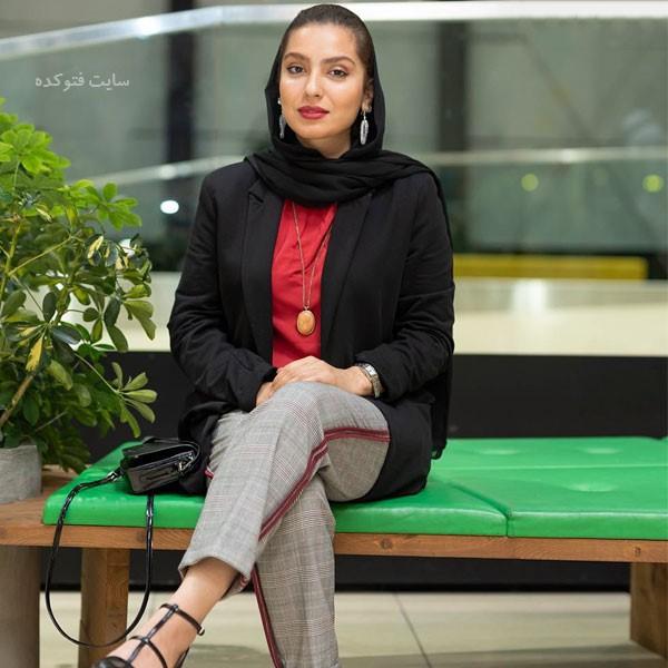 بیوگرافی بازیگران سریال حوالی پاییز مونا کرمی