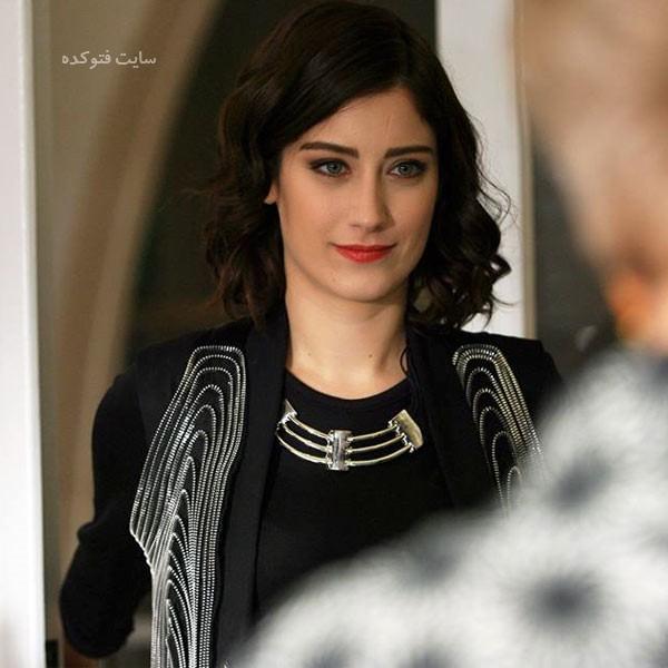 بیوگرافی هازال کایا بازیگر ترک + داستان زندگی