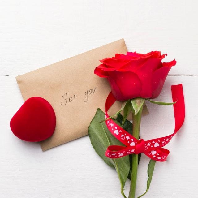 عکس قلب عاشقانه با گل زیبا برای همسرم