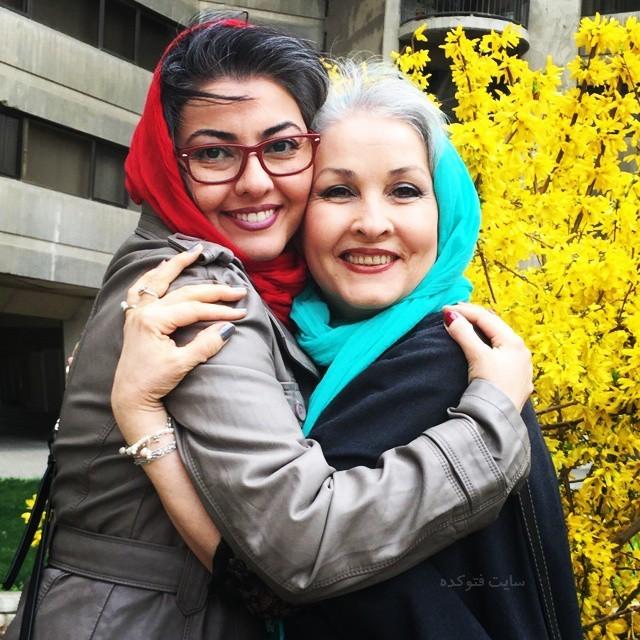 آناهیتا همتی و مادرش + زندگی شخصی