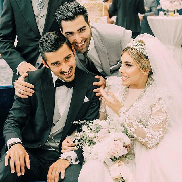عکس حسین تهی در عروسی رضا قوچی و همسرش سروین بیات