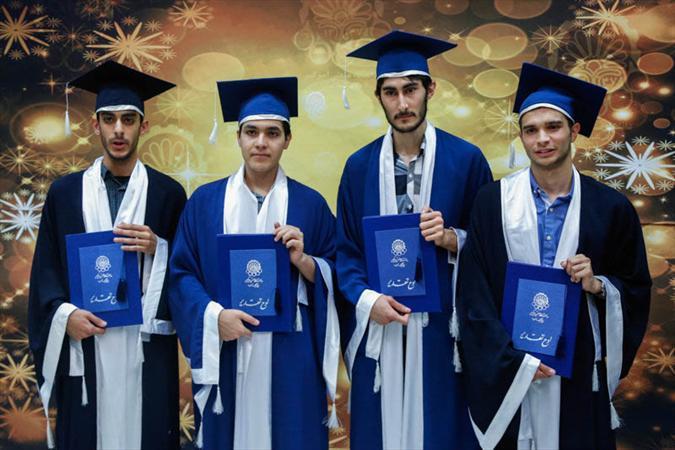 جشن فارغ التحصیلی دانشجویان امیرکبیر,عکس مراسم فارغ التحصیلی دانشجویان دانشگاه امیر کبیر,عکسهای دانش آموختگی دانشجویان دانشگاه امیرکبیر,عکس دختر و پسر