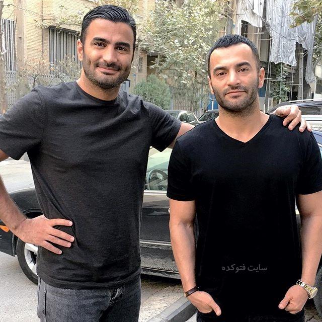 عکس یاس در کنار برادرش