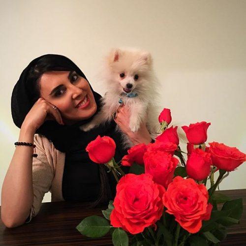 لیلا بلوکات و حیوان خانگی اش,عکس لیلا بلوکات و حیوان خانگی اش,عکس سگ لیلا بلوکات,عکس سگ خوشگل لیلا بلوکات بازیگر زن ایرانی,عکس سگ لیلا بلوکات