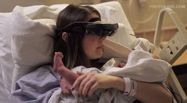 فیلم مادری نابینایی که بچشو دید,عکس مادر نابینایی که بچشو بعد از تولد تونست ببینه,دیدن افراد نابینا با استفاده از عینک مخصوص,تکنولوژی کمک افراد نابینا و کور,فیلم مادری نابینایی که بچشو دید تکنولوژی عینک برای دیدن نابیناها,خبر دیدن فرد نابینا نوزادشو,دیدن نوزاد برای مادر نابینا,فیلم مادری که بچشو برای اولین بار میبینه,فیلم مادری نابینایی که نوزادشو دید با استفاده از عینک مخصوص