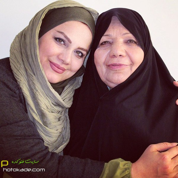 چالش عکس با مادر نرگس آبیار,عکس نرگس آبیار و مادر,نرگس آبیار و مادرش,عکسهای جنیش احترام مادران سرزمینم,عکس احترام مادران سرزمینم