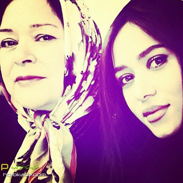 چالش عکس با مادر پریناز ایزدیار,عکس سلفی پریناز ایزدیار و مادر,عکس پریناز ایزدیار و مادرش,عکسهای جنیش احترام مادران سرزمینم,عکس احترام مادران سرزمینم