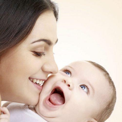 تغذیه مادران شیرده + معرفی مواد غذایی مناسب برای مادران