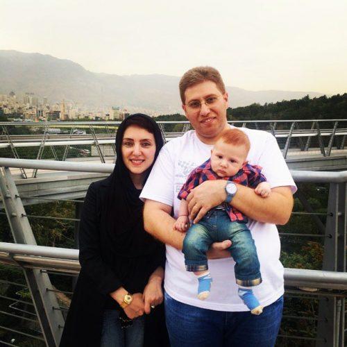 عکس خانوادگی راما قویدل و همسرش مهسا کرامتی