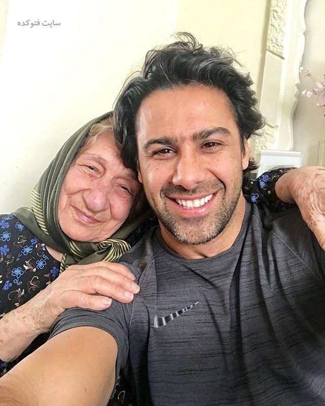 عکسر  فرهادی مجیدی و مادر بزرگش