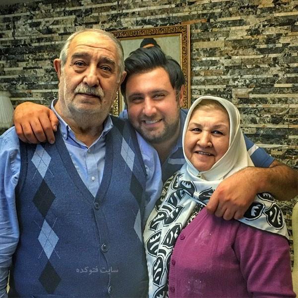عکس های محمد علیزاده در کنار پدر و مادرش