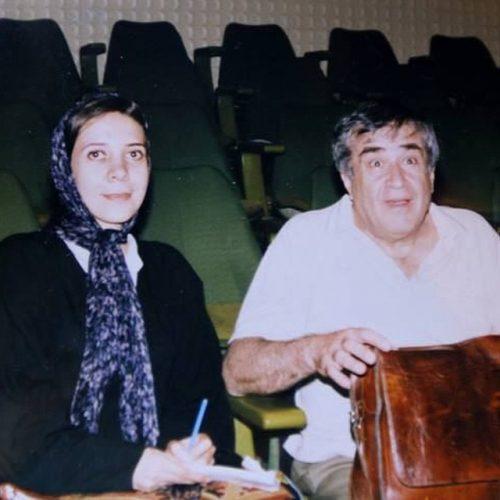 عکس قدیمی مرضیه صدرایی در کنار استاد