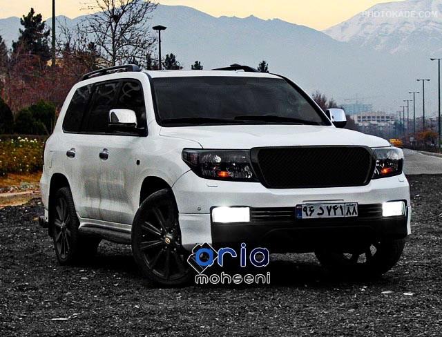عکس ماشین لندکروز سفید