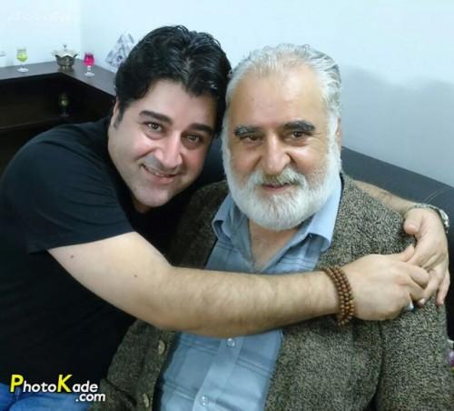 مهدی یغمایی در کنار پدرش