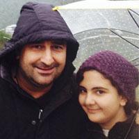 مهران احمدی + همسر و دخترش با بیوگرافی