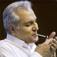 سیگار کشیدن مهران مدیری در نشست خبری جنجالی شد