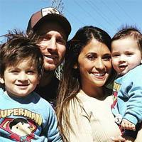 لیونل مسی و همسرش + فرزندانش با بیوگرافی