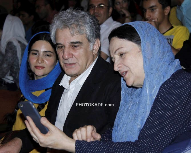 مهدی هاشمی و همسرش گلاب ادینه و دخترش نورا
