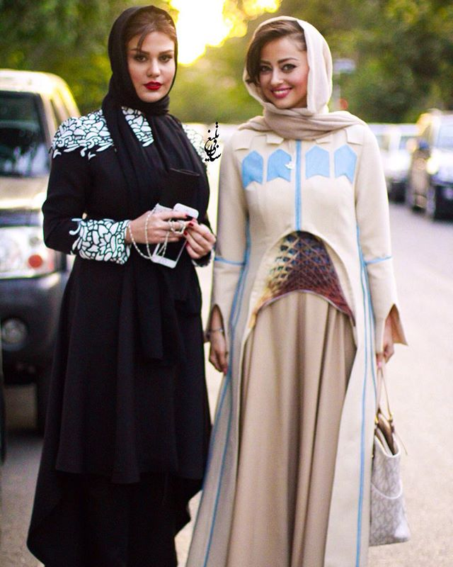عکس مدل لباس نفیسه روشن و رز رضوی در جشنواره حافظ 95