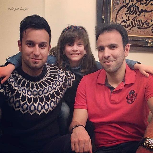 عکس محسن خلیلی در کنار برادر و برادرزادش + بیوگرافی