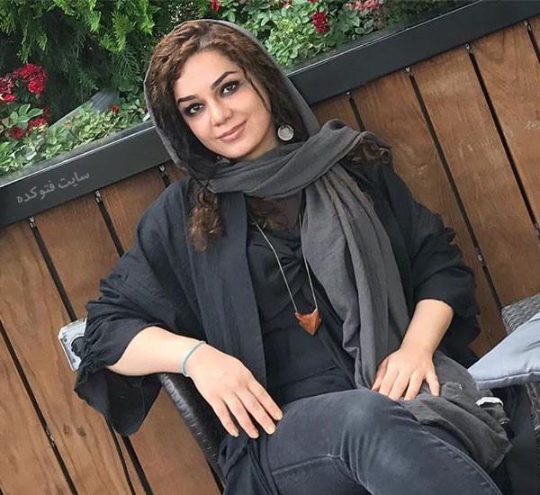 مونا برزویی ترانه سرای جنجالی + داستان زندگی