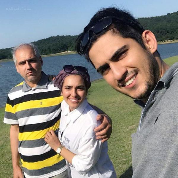 عکس خانوادگی مونا کرمی بازیگر زن ایرانی بدون سانسور