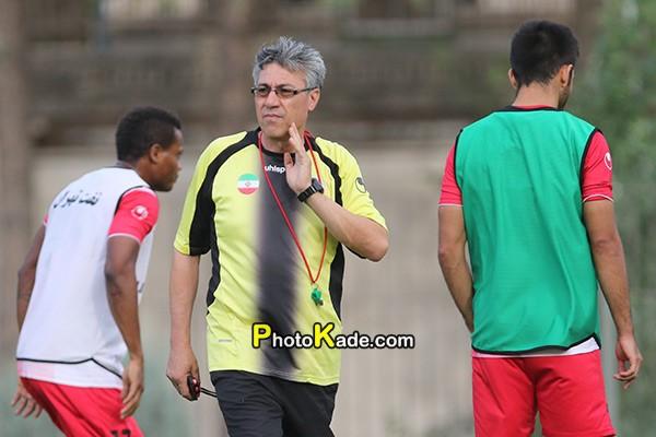 فوت مربی فوتبال نفت تهران