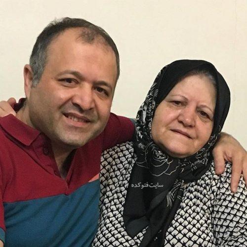 عکس سید علی صالحی و مادرش