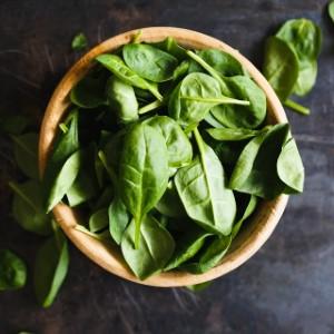 رشد مژه با مواد غذایی - اسفناج