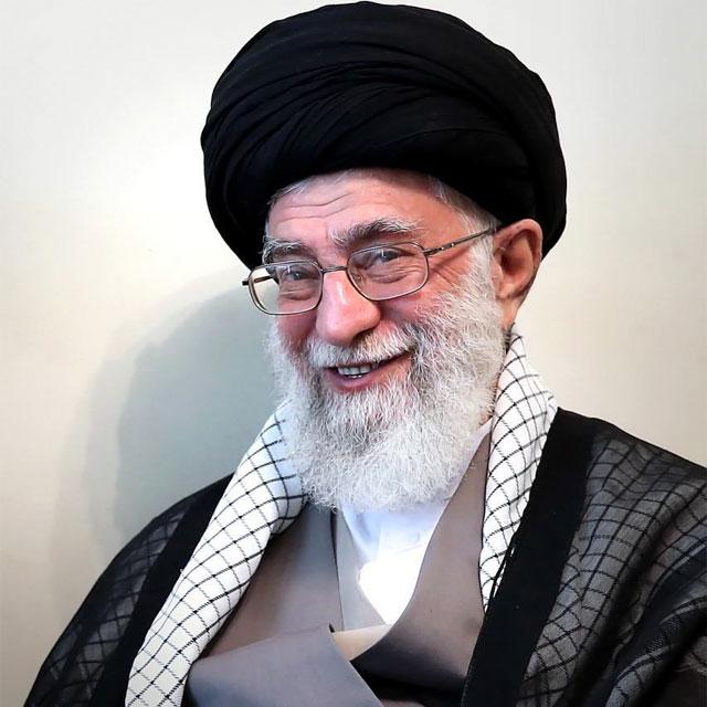 عکس نوشته رهبر در حال خندیدن