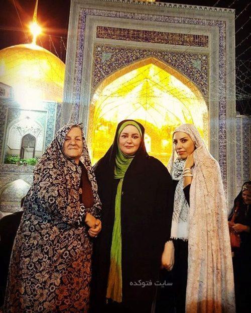 عکس نعیمه نظام دوست در کنار مادرش