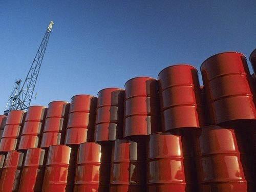 قیمت نفت ارزان تر از یک بطری آب,همه چیز خریدی با قیمت نفت,تمام چیزایی که از نفت گرانتر هستند,دو پیتزا گرانتر از نفت,یک بطری آب گرانتر از نفت شد,قیمت نفت و یک فنجان قهوه