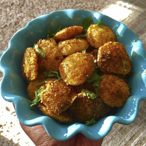طرز تهیه ناگت مرغ خوشمزه و خانگی طرز تهیه ناگت مرغ با پفک بسیار ترد و خوشمزه