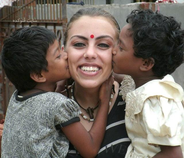 عکس های نرگس کلباسی بی حجاب در هندوستان + بیوگرافی
