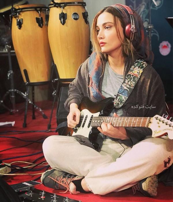عکس بیوگرافی نگین پارسا خواننده و نوازنده زن