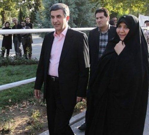 عکس مشایی و همسرش + بیوگرافی