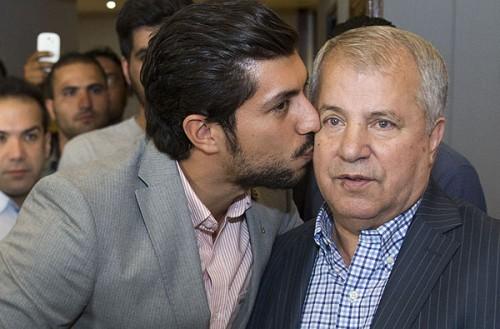 عکس علی پروین و پسرش محمد