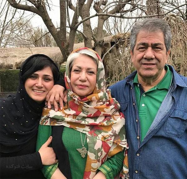 رخشان بنی اعتماد در کنار خانوده و دخترش باران کوثری