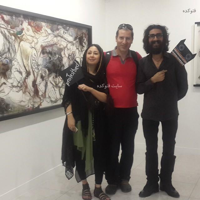 عکس رامین ناصر نصیر در نمایشگاه دوستش