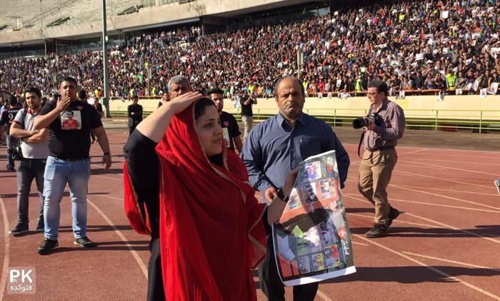 عکس همسر هادی نوروزی در مراسم تشییع هادی نوروزی