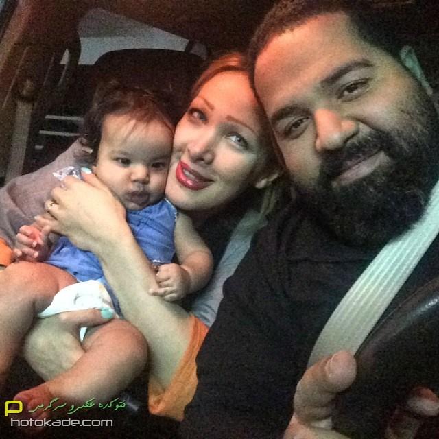 عکس رضا صادقی و همسرش در ماشین