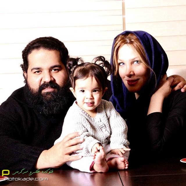 عکس های رضا صادقی زمستان 93 با همسر و دخترش